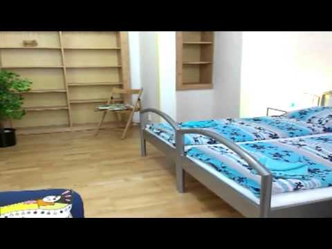 Video avOld Town Home Prague
