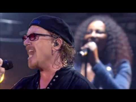 "Toto - ""Pamela"" (35th Anniversary Tour - Live In Poland 2013)"