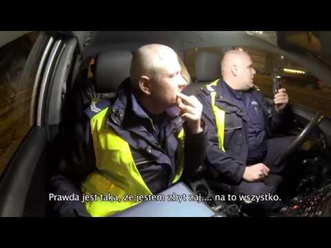 Gnębili was w szkole, dlatego zostaliście policjantami! Pijana blondyna kontra drogówka!