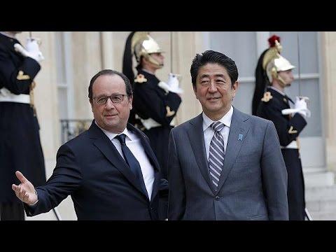 Προπαρασκευαστικές επαφές ενόψει του G7 κάνει ο Ιάπωνας πρωθυπουργός
