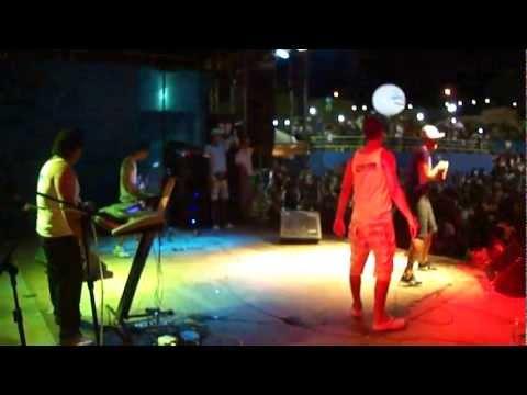 Banda Groove de Dan no Carnaval em Jiquiriçá(PALCO).mp4