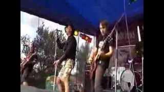 Video ILEGALITY - live 2008 - festival podparou.cz