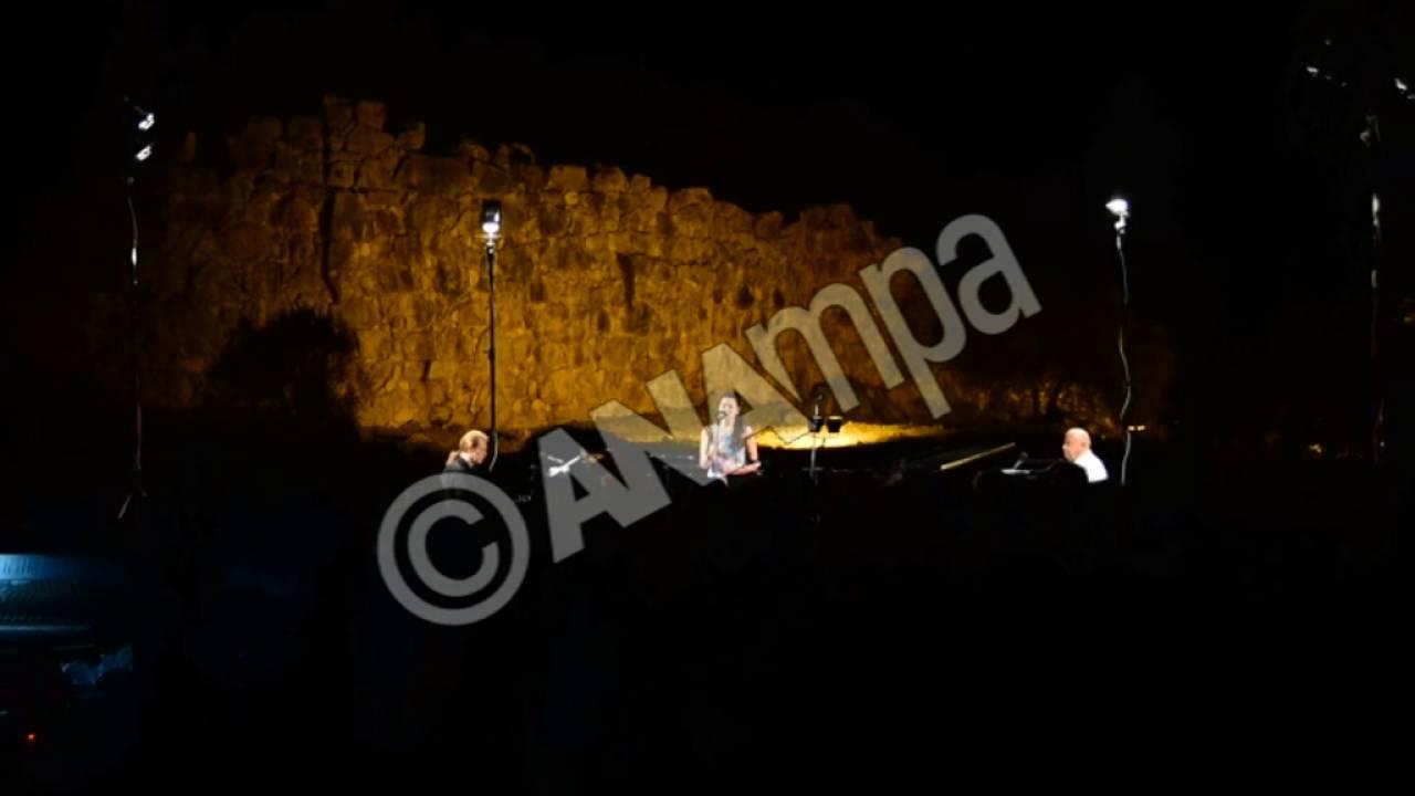Mαγευτική βραδιά στην Αρχαία Τίρυνθα με  Μίμη Πλέσσα και Στέφανο Κορκολή