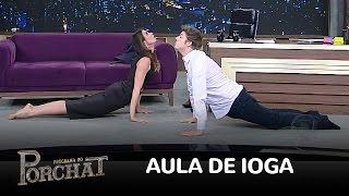 Luciana Gimenez ensina ioga para Porchat