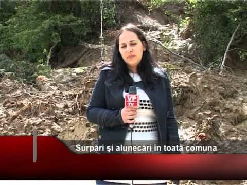 Surpări şi alunecări în toată comuna