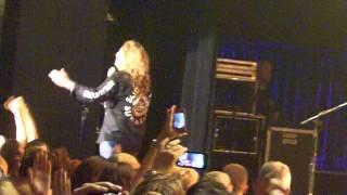 Whitesnake: Here I Go Again