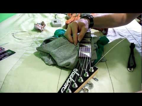The BEST Method On How to Change Your Guitar Strings HD