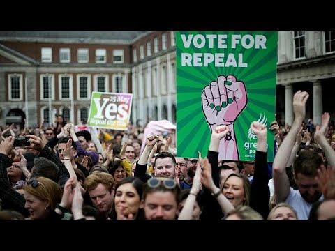 Δημοψήφισμα στην Ιρλανδία: «Ναι» από το 66,4% στις αμβλώσεις …