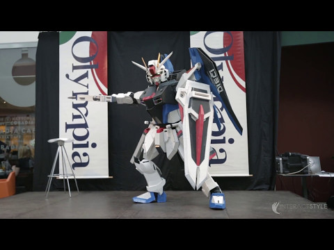 Expozice Staň se robotem v obchodním centru, roboti, interaktivní podlaha, obrazovky, AR