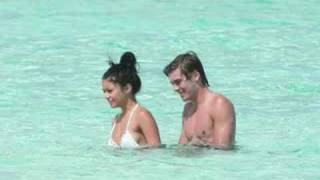 Download Video zac efron and vanessa hudgens - young and in love MP3 3GP MP4