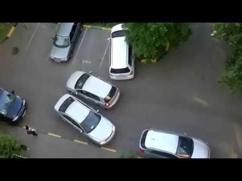 Жени да паркират - тръпки да те побият!