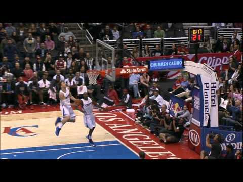 0 Jamal Crawford to Blake Griffin through the legs alley oop (Video)