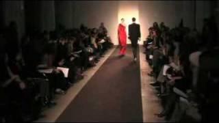 Daniela Urzi - Desfile Diego  Binetti En El New York Fashion Week