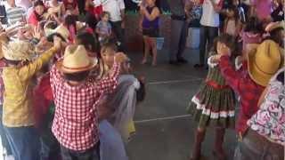 Festa de São João 2012 na Escola Sorriso da Criança em Ilha Solteira-SP, 29/junho/2012. Marcus Alexandre Silva Lacerda.