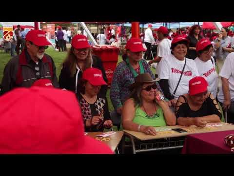 La jornada al aire libre, organizada por la Municipalidad de Huechuraba se llevó a cabo en el estadio municipal, en el Complejo Deportivo 7 Canchas, y este año tuvo como cierre la presentación del cantante nacional José Alfredo Fuentes.