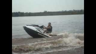 10. Jet Sky Sea Doo GTI 130 HP 2012 - Watercraft Radical