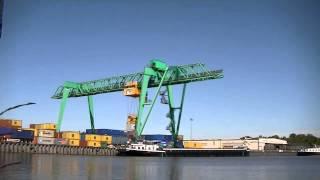 Containerbrücke in Dörpen (Zeitraffer) / Container gantry crane (time lapse)