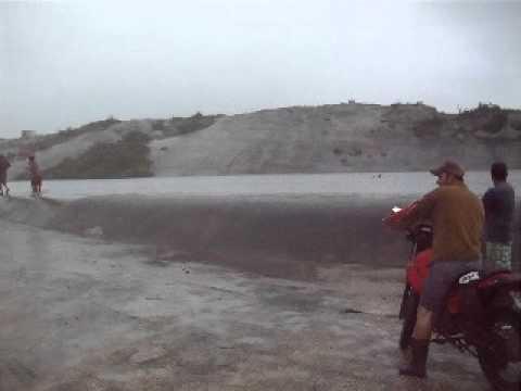 Puxinana Lagoa sangrando em 17 07 2011.AVI