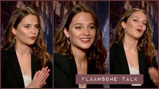 Video Alicia Vikander On The Pain (Work Outs) And Muscles For Becoming Lara Croft -  TOMB RAIDER MP3, 3GP, MP4, WEBM, AVI, FLV Maret 2018