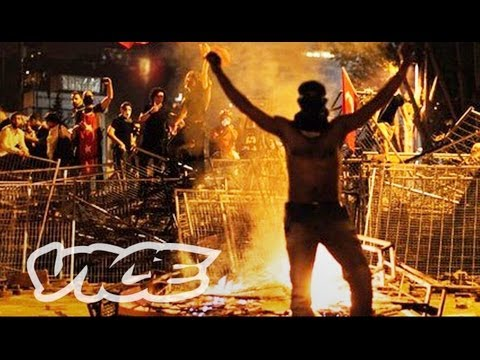 turkiy - Get live updates from VICE here: http://www.vice.com/read/tim-pool-liv... On Friday, May 31, Turkish riot police fired tear gas and pepper spray into a peace...