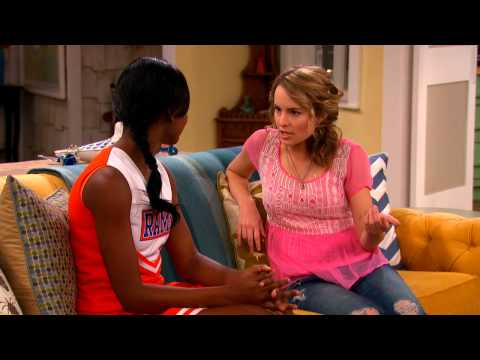 Good Luck Charlie 4.04 (Clip)