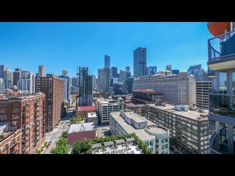 A River North 1-bedroom with a skyline view at Hubbard Place
