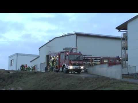Höringhausen: Brand auf Werksgelände