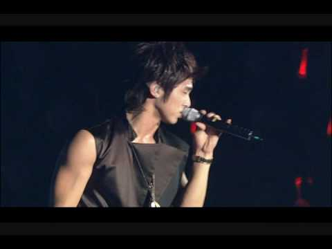 DBSK [Mirotic Concert] – The Way U Are Remix