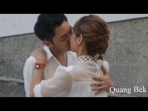 Thả tiền hôn gái Quang Bek
