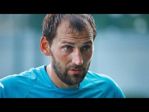 Тюменский голеадор, а ныне - детский тренер - Дмитрий Зарва празднует 35-летний юбилей