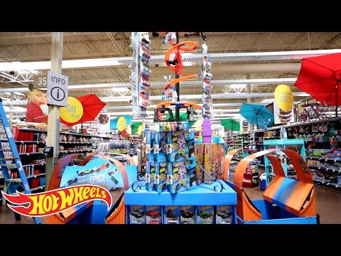 """Hot Wheels """"Make It Epic"""" at Kroger Display Competition Finalist #2"""