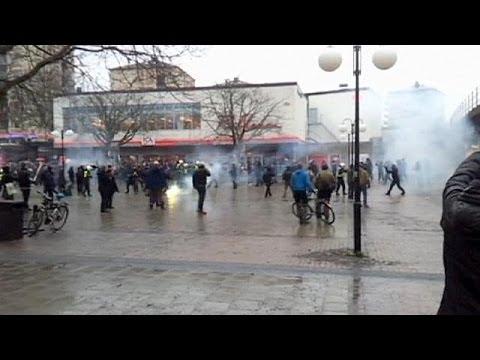 Affrontements lors d'un rassemblement anti-raciste en Suède