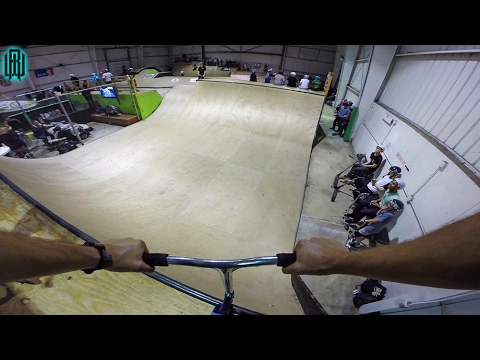 AWESOME INDOOR HALF PIPE SCOOTER TRICKS! (видео)