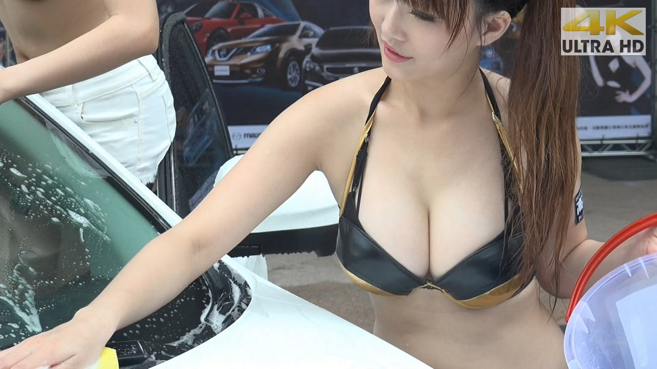 Sexy Girl In Car Show