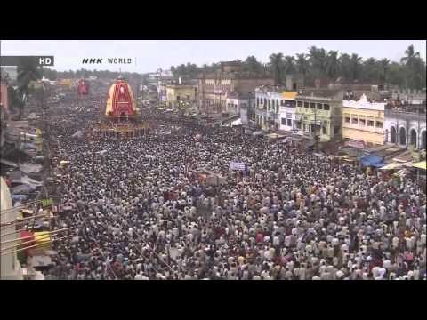 Video Ratha Yatra -- The Chariot Festival at Jagannath Puri, Orissa, India. download in MP3, 3GP, MP4, WEBM, AVI, FLV January 2017