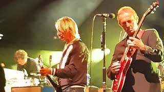 Paul Weller - Town Called Malice - Live