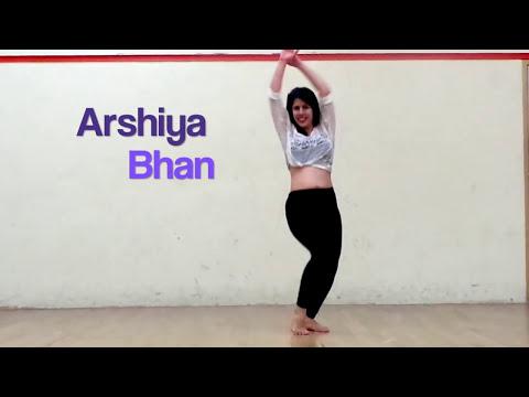 පට්ට dance එකක් දාන ලස්සණ අක්කා කෙනෙක්