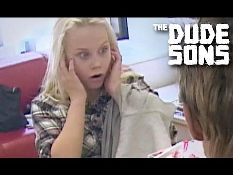 Video Los Dudesons vuelven a la carga [Inglés] de Humor