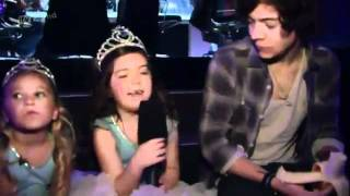 Sophie Grace and Rosie meeting One Direction on XTRA-FACTOR