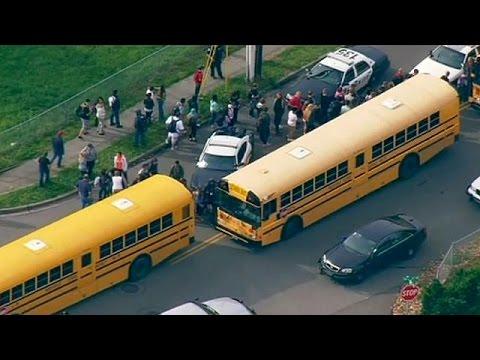 États-Unis : Une fusillade fait au moins 2 morts dans un lycée près de Seattle