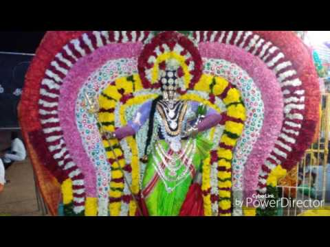 Video Pambai Udukkai Music: Sakthi Azhaippu: Seerangkuppam, Sri Udal Mari Amman Thalattu 2015 download in MP3, 3GP, MP4, WEBM, AVI, FLV January 2017