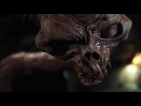 Cult Horror Movie Scene N°10 - Evil Dead 2 (1987) - Henrietta Monster Fight