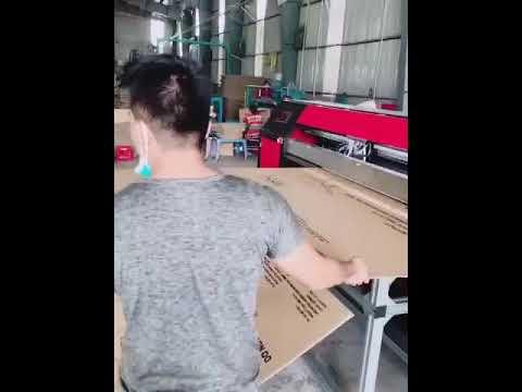 Máy in phun cho thùng carton ( chạy thử máy cho khách tại Việt Nam )