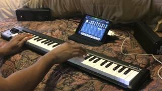 Video Kris Nicholson Unboxed his new KORG MicroKEY AIR 61 his new Airline Keyboard for Travel MP3, 3GP, MP4, WEBM, AVI, FLV September 2018