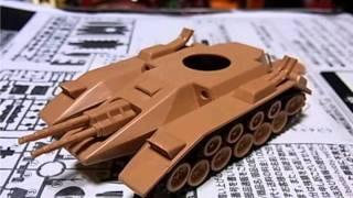 よみがえるガンプラ 昭和ザクタンク zaku tank and gundam