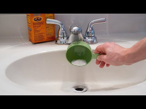 This Genius Trick Cleans Clogged Drain Pipes in 2 Minutes | Clean Your Clogged Drains Yourself