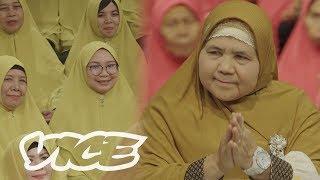 Video Mamah Dedeh is the Badass Muslim Preaching Mom of Indonesia MP3, 3GP, MP4, WEBM, AVI, FLV November 2018