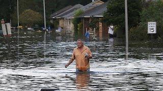 2017 için geri sayım başlarken son bir yılda yaşanan en korkunç ve dehşet verici iklim olaylarını sizler için toparladık… İLGILI HABERLER: http://tr.euronews...