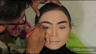 Video Wedding Make Up, Pengantin Sunda Siger by Hegar Santana Make Up Artist MP3, 3GP, MP4, WEBM, AVI, FLV November 2018