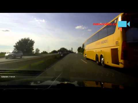 Další magor na rychlostní silnici na Slaný